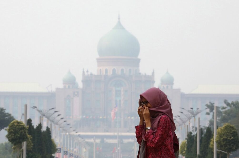 Haze-Related Illnesses Increase By 40 Per Cent Across Malaysia