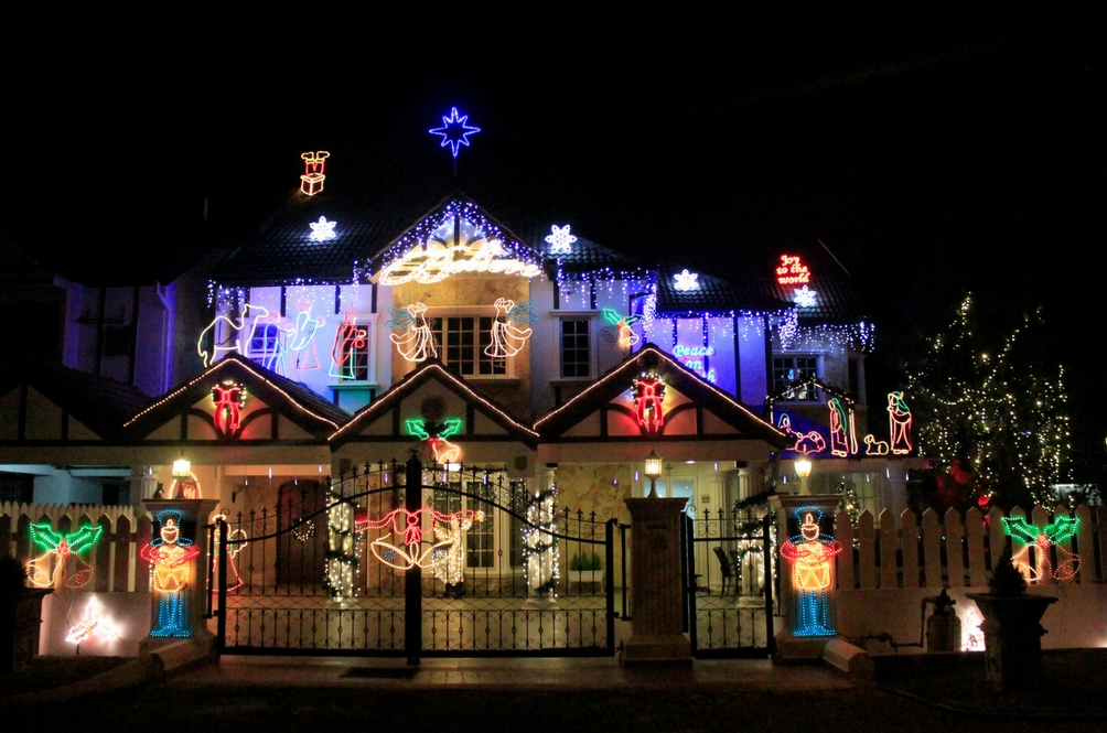You Know Christmas Is Near When This House in USJ11 Lights Up