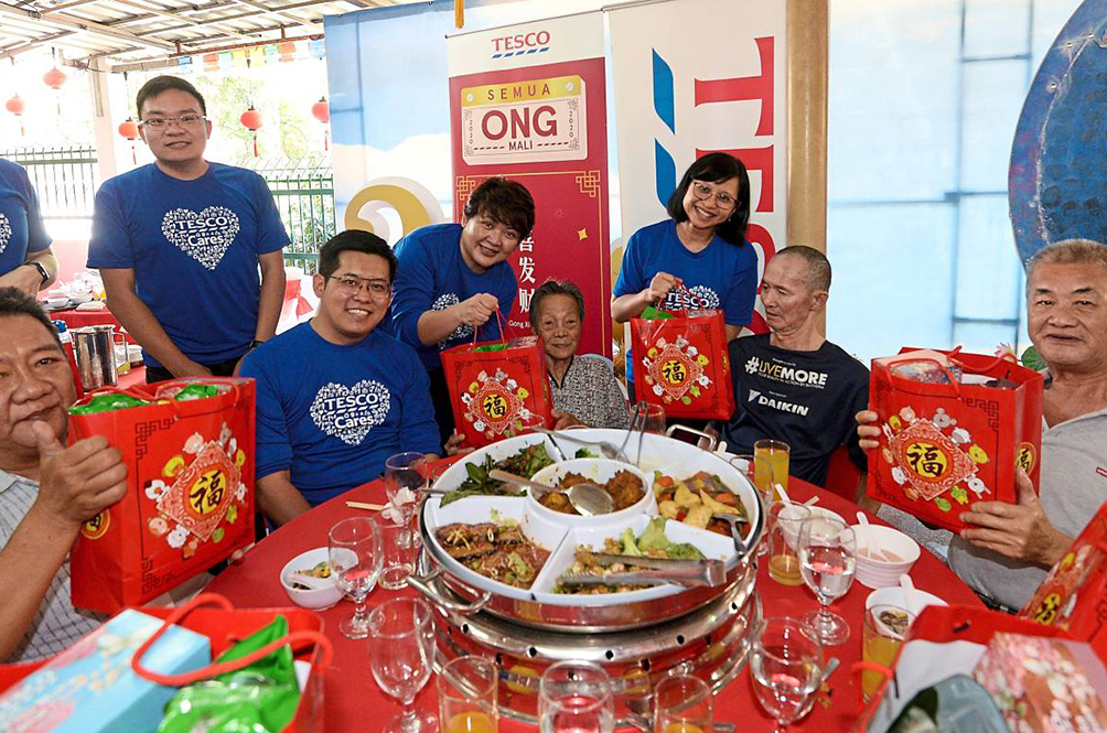 How This Local Retailer Brought Joy To The Underprivileged This CNY