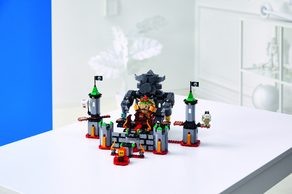 Bowser's Castle Boss Battle Expansion Set.