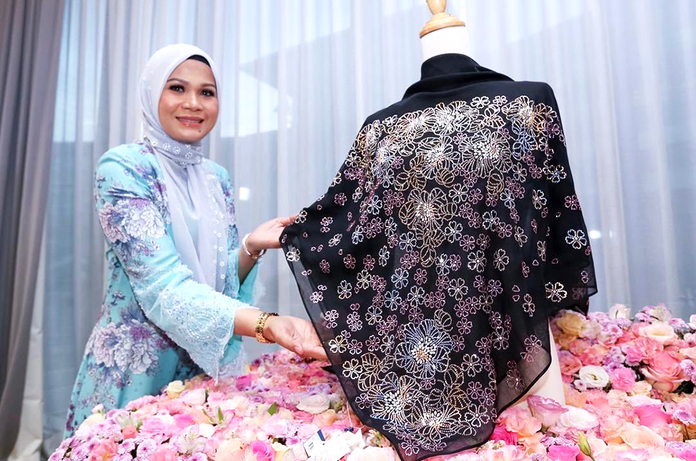 This One-Of-A-Kind Hijab Was Recently Sold For RM50,000!