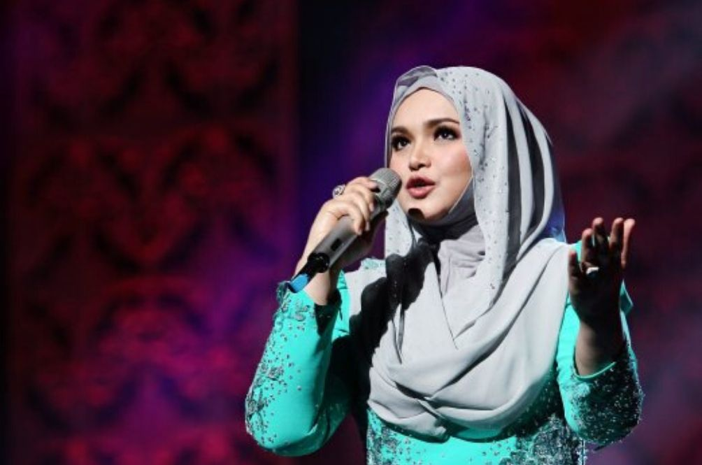 Siti Nurhaliza Sets Up COVID-19 Fund To Help Frontliners
