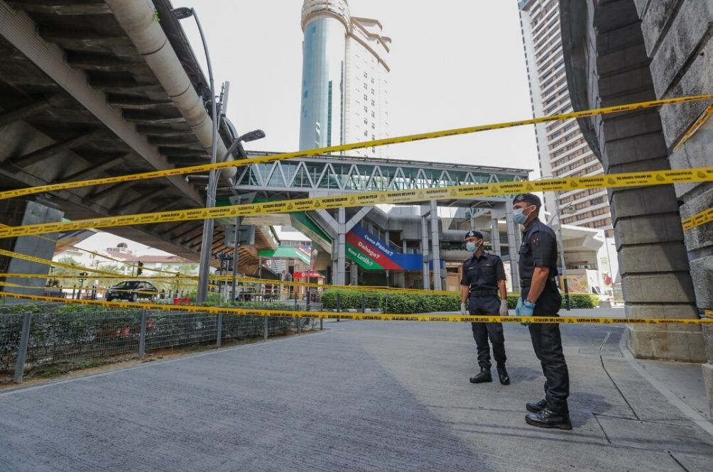 Masjid Jamek LRT Station Entrance Next To EMCO Area Temporarily Sealed Off