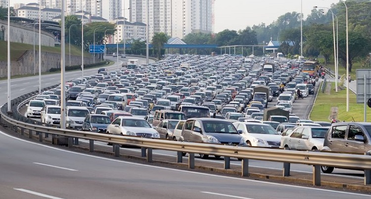 """Three lanes? That's actually the minimum requirement. But Malaysia bolei."""