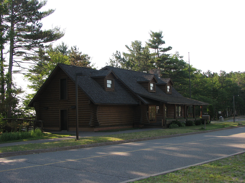Marquette Welcome Centre. This cabin in the woods is supposed to be a rest centre?