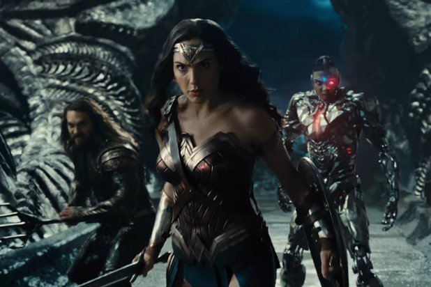 Wonder Woman flanked by Aquaman and Cyborg.