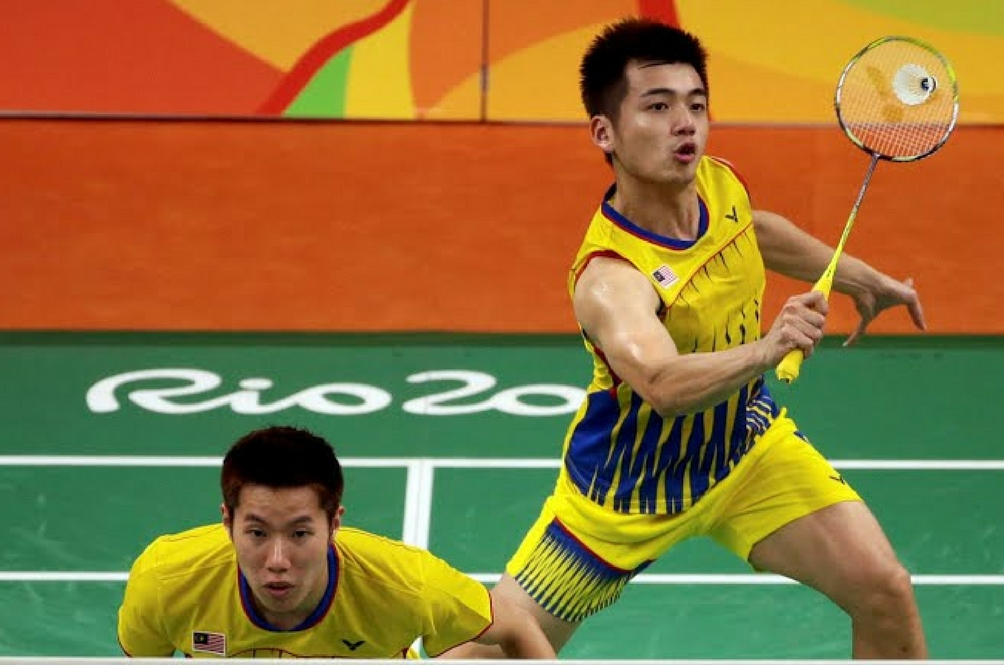 Men's Badminton Doubles Pair Brings Home Silver