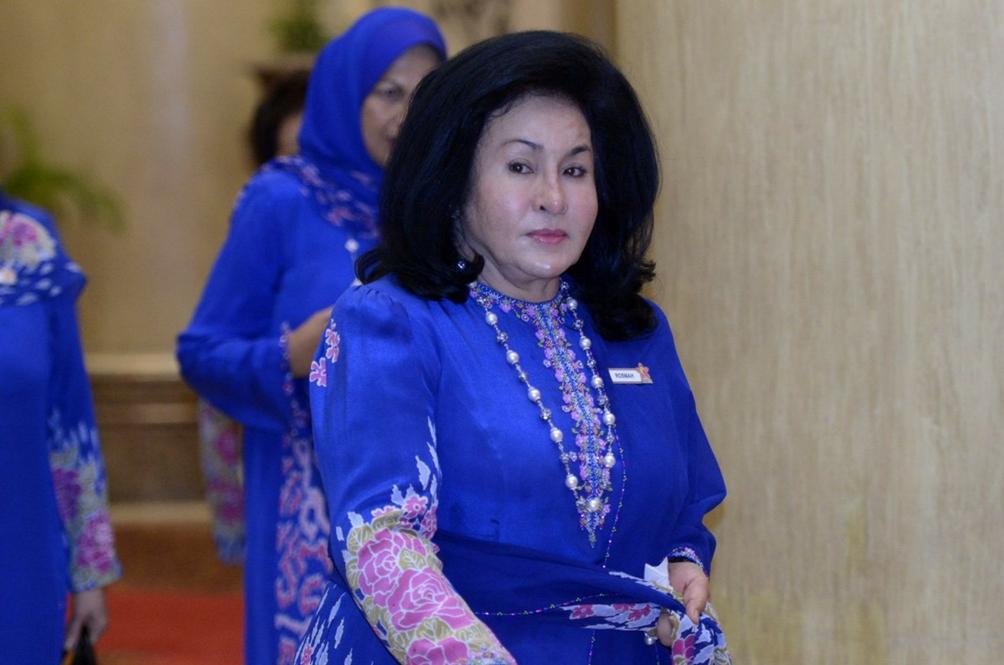 Rosmah Not Receiving UNESCO Award. Also, it's Not From UNESCO
