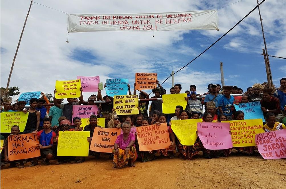 Showdown Between Loggers and Orang Asli Caught on Camera