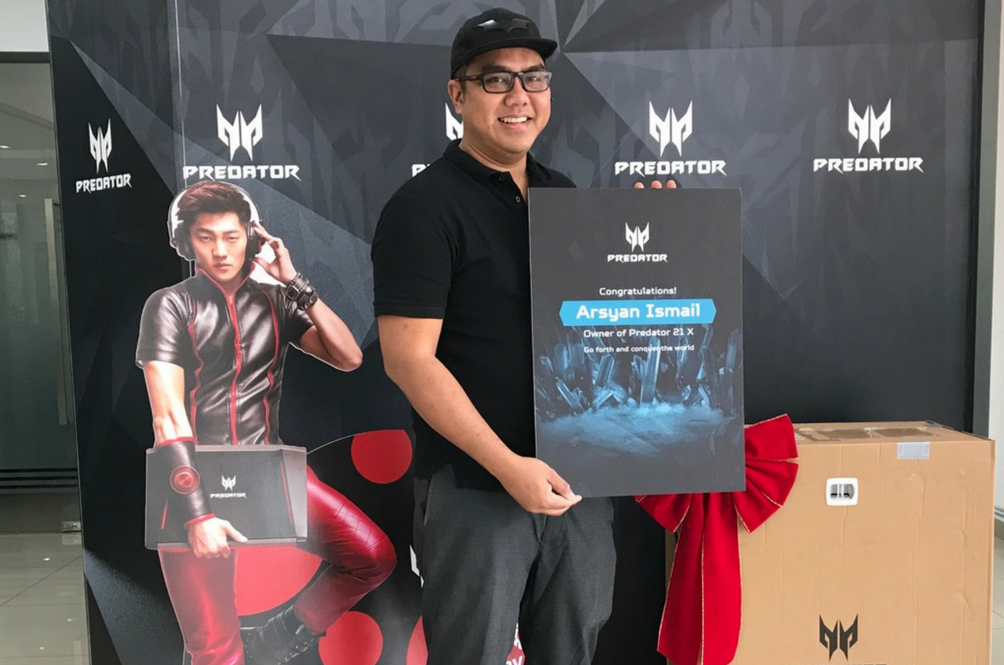 This Malaysian Guy Just Spent RM39,999 On A Laptop