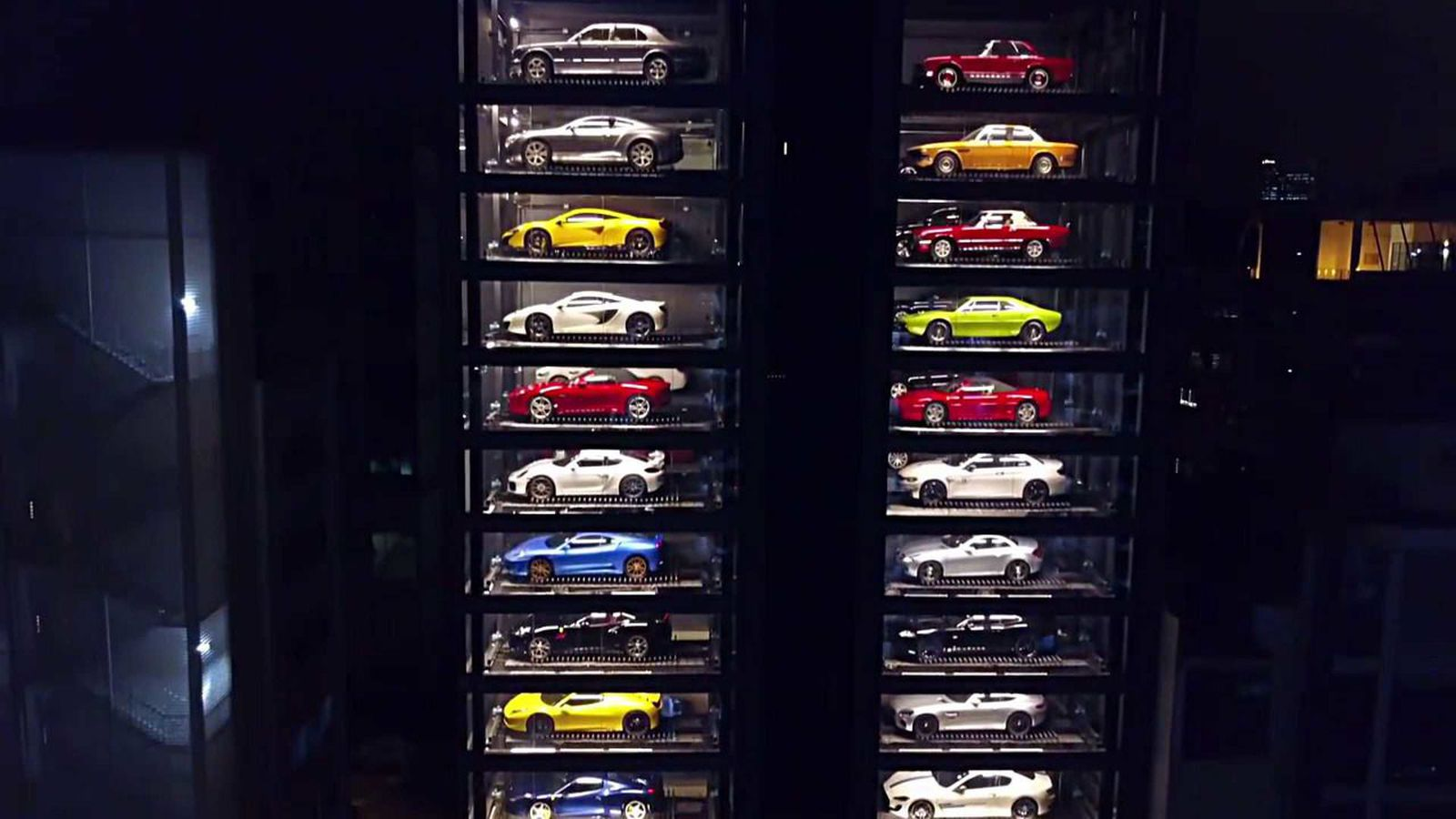 There S A Luxury Car Vending Machine In Singapore And It S Friggin
