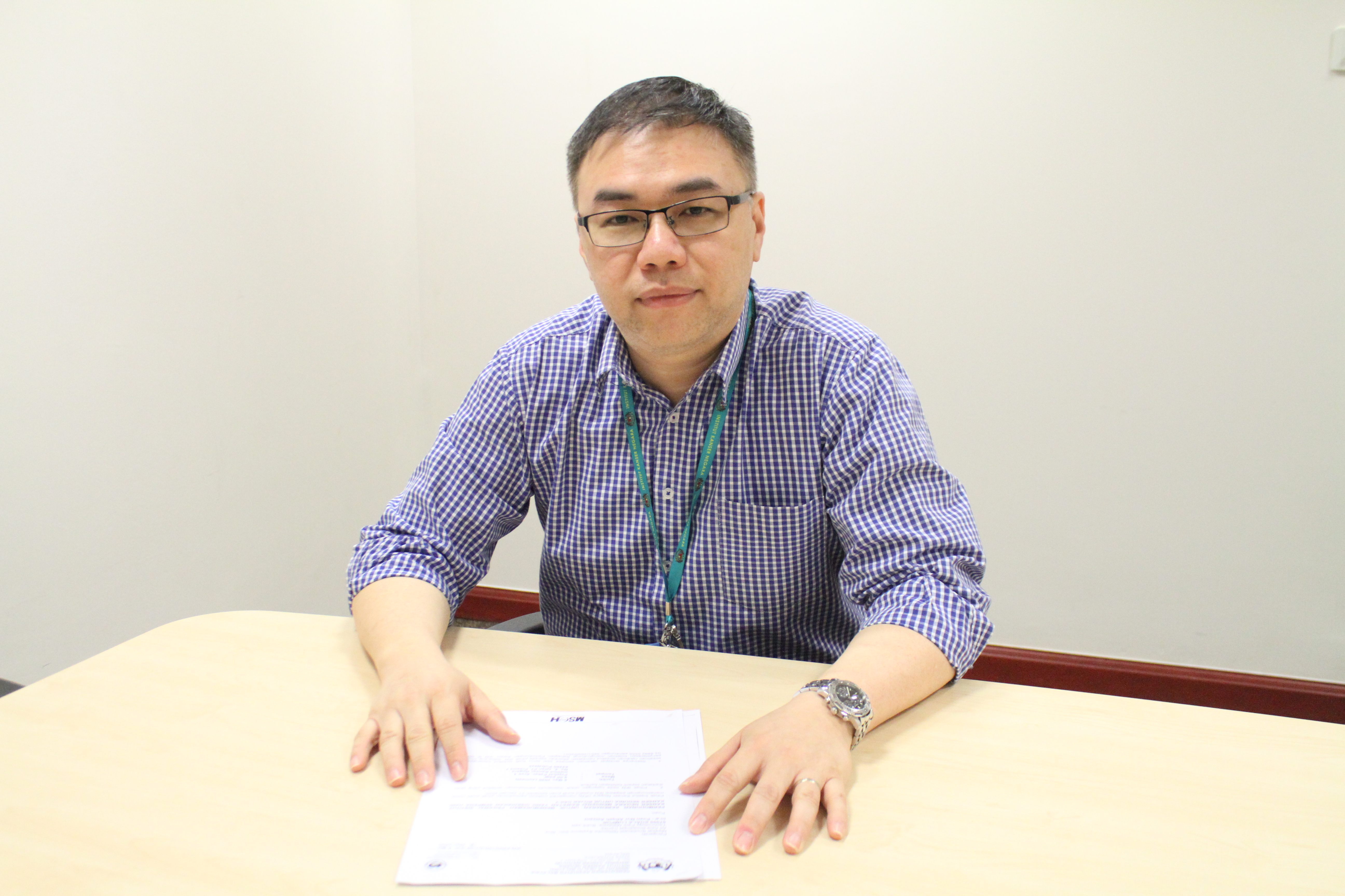 Dr Tan Chih Kiang, an experienced clinical oncologist.