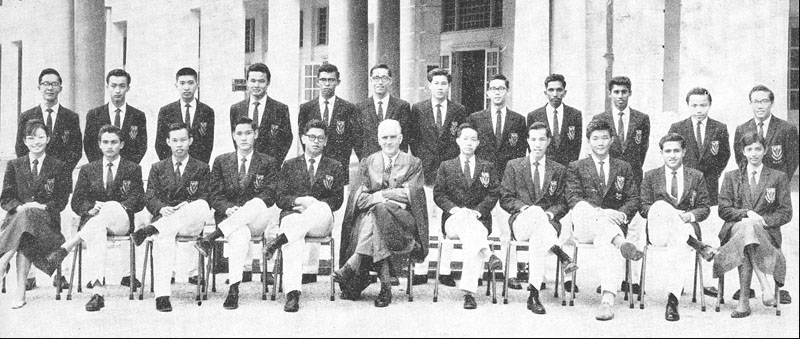 Zaman (seated, second from the right) was also a prefect during his days in V.I.