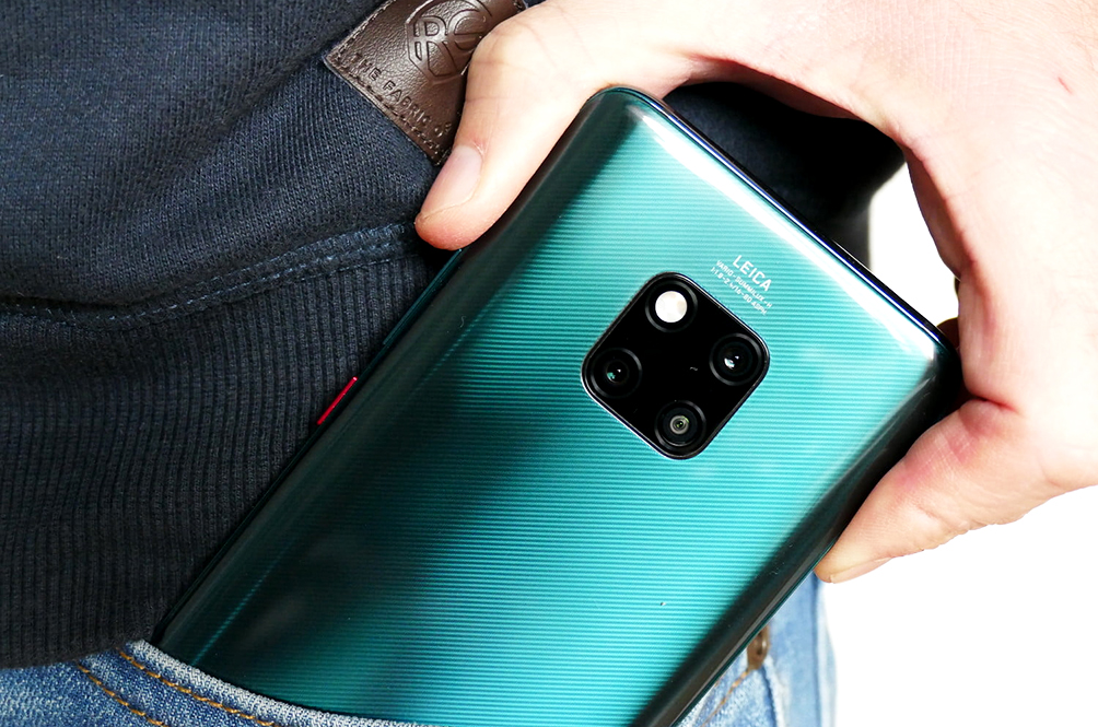 4 Things The Huawei Mate 20 Pro Can Do That Other Smartphones Can't