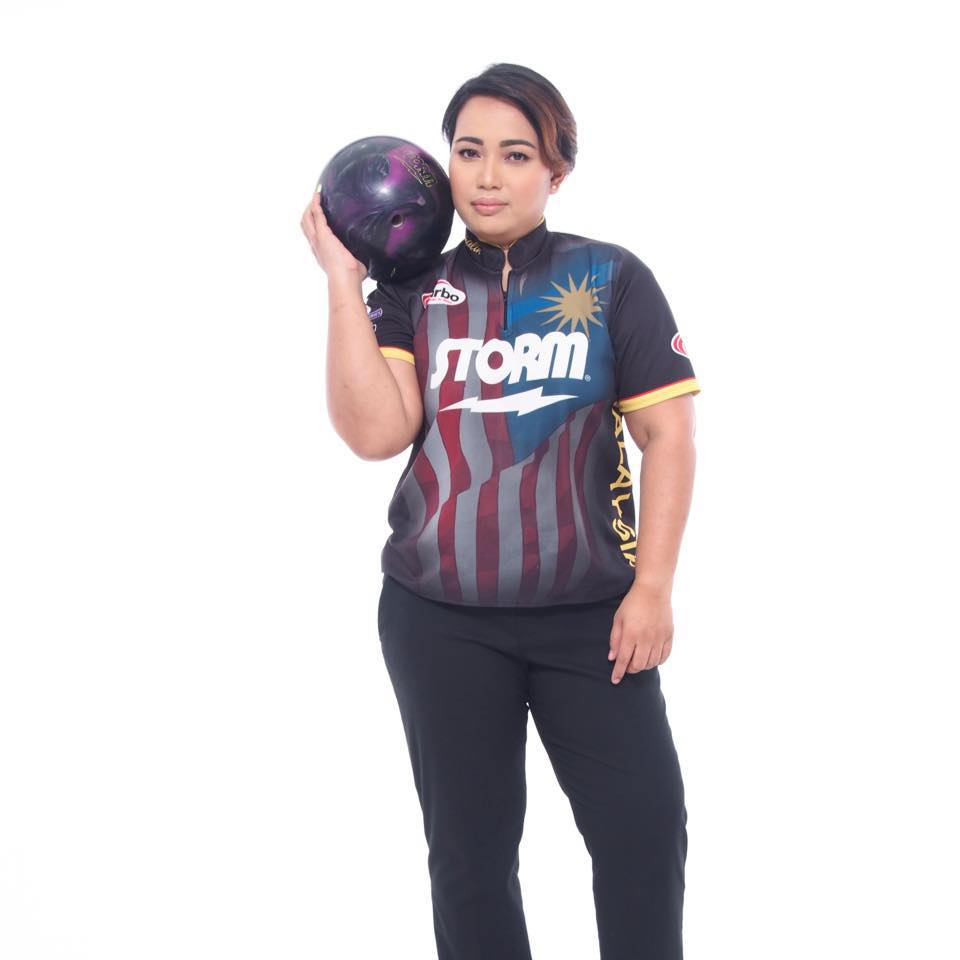 The queen of bowling.
