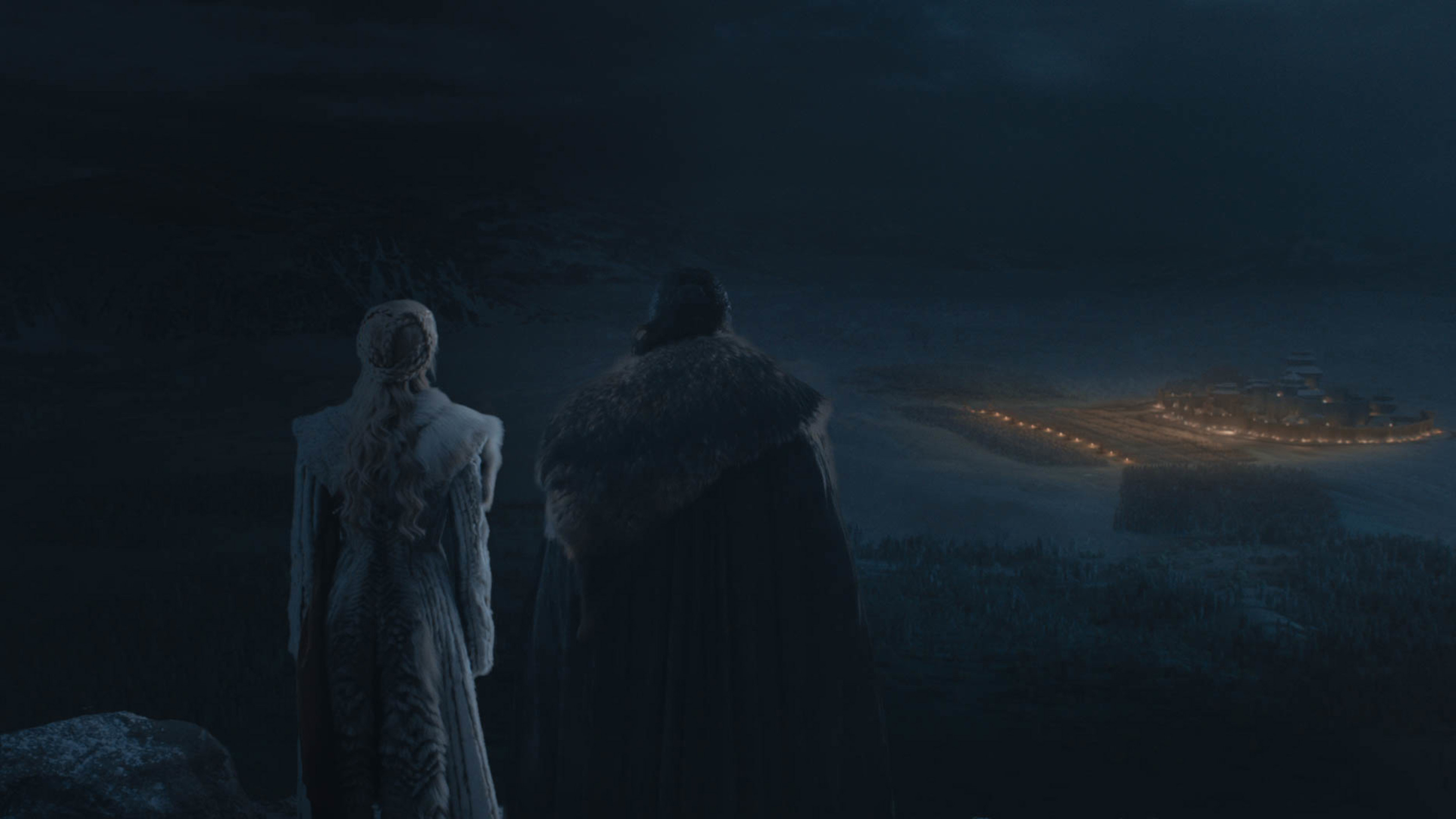 Dany and Jon standing on the hill...
