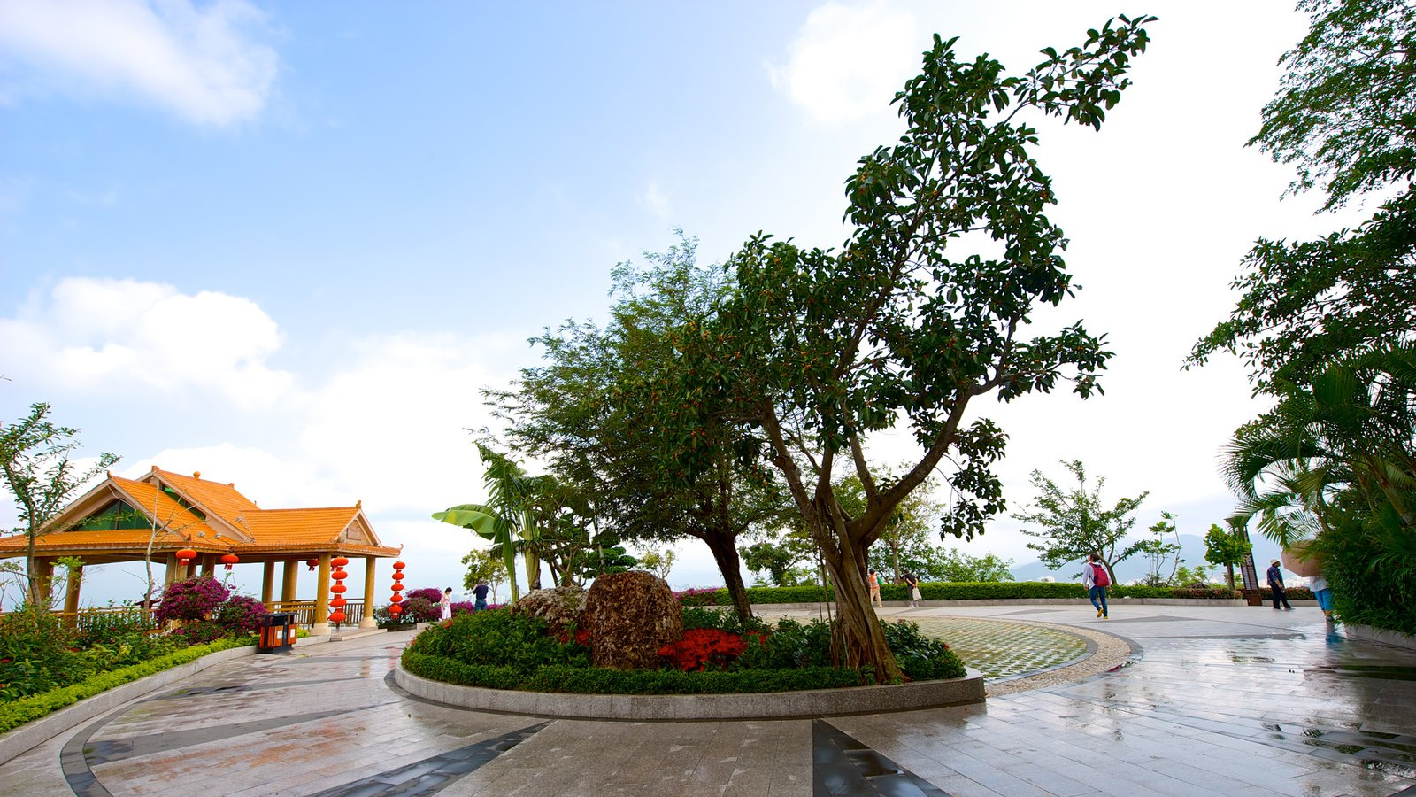 Luhuitou Park is a perfect spot to relax and recharge.