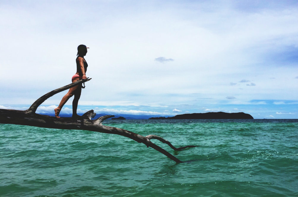 Davina Goh Swims 9km to Protect the Oceans