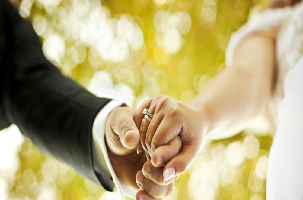 4 Inspirasi Perkahwinan Unik & Pelik