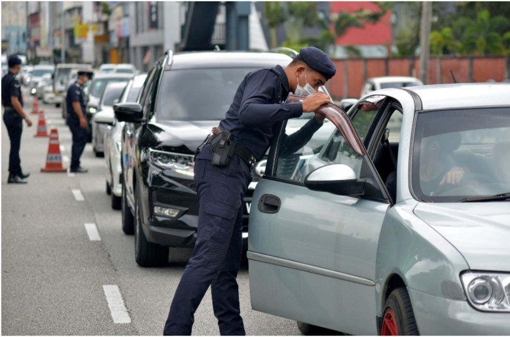 You May Get Fined If You Wear Your Masks Under Your Chin, Perak Police Say