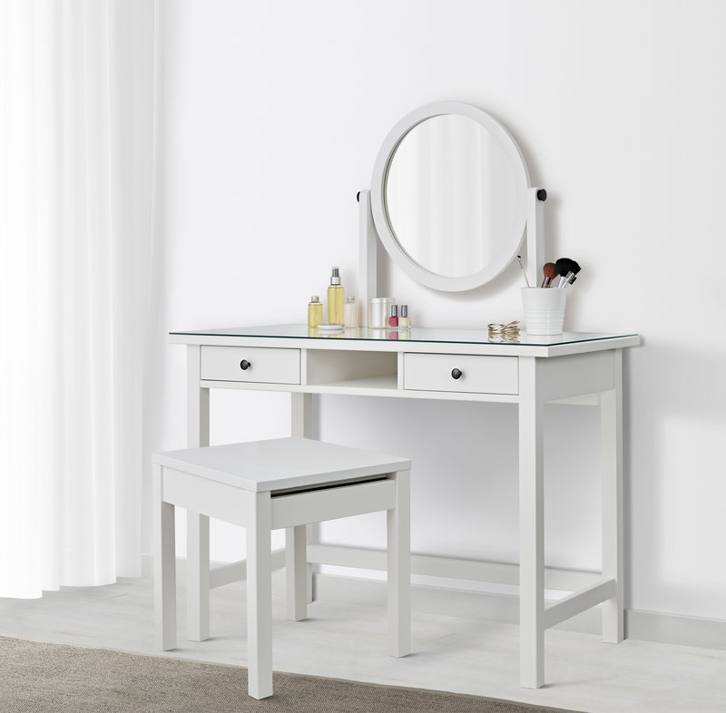 HEMNES Dressing table with mirror RM799 (NP: RM899) White.