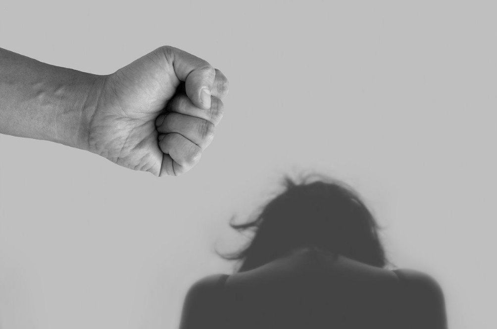 Domestic Abuse: What You Can Do If You're Stuck In An Abusive Situation