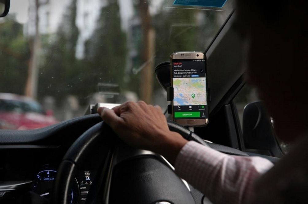 MCO 3.0: Here Are The New SOPs For Public Transportation, Taxis And E-Hailing Vehicles
