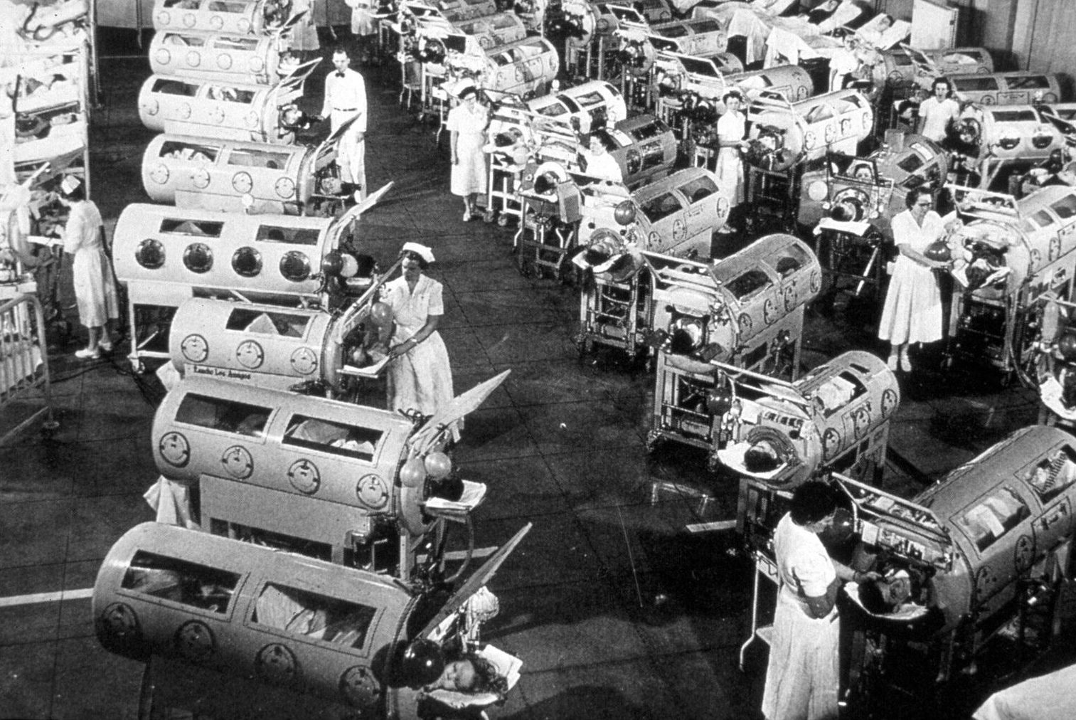 Polio patients in 'metal lungs' somewhere in 1952