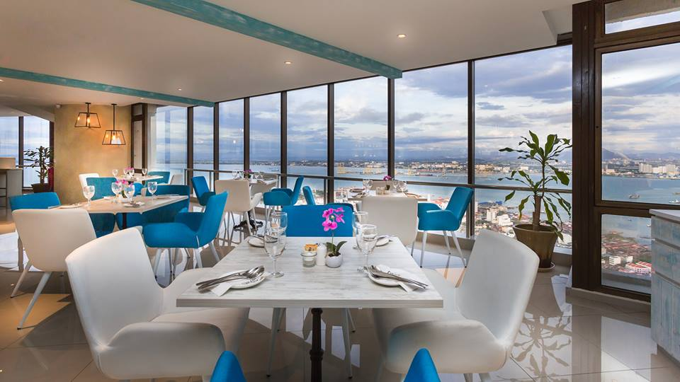 Dine with splendid views.