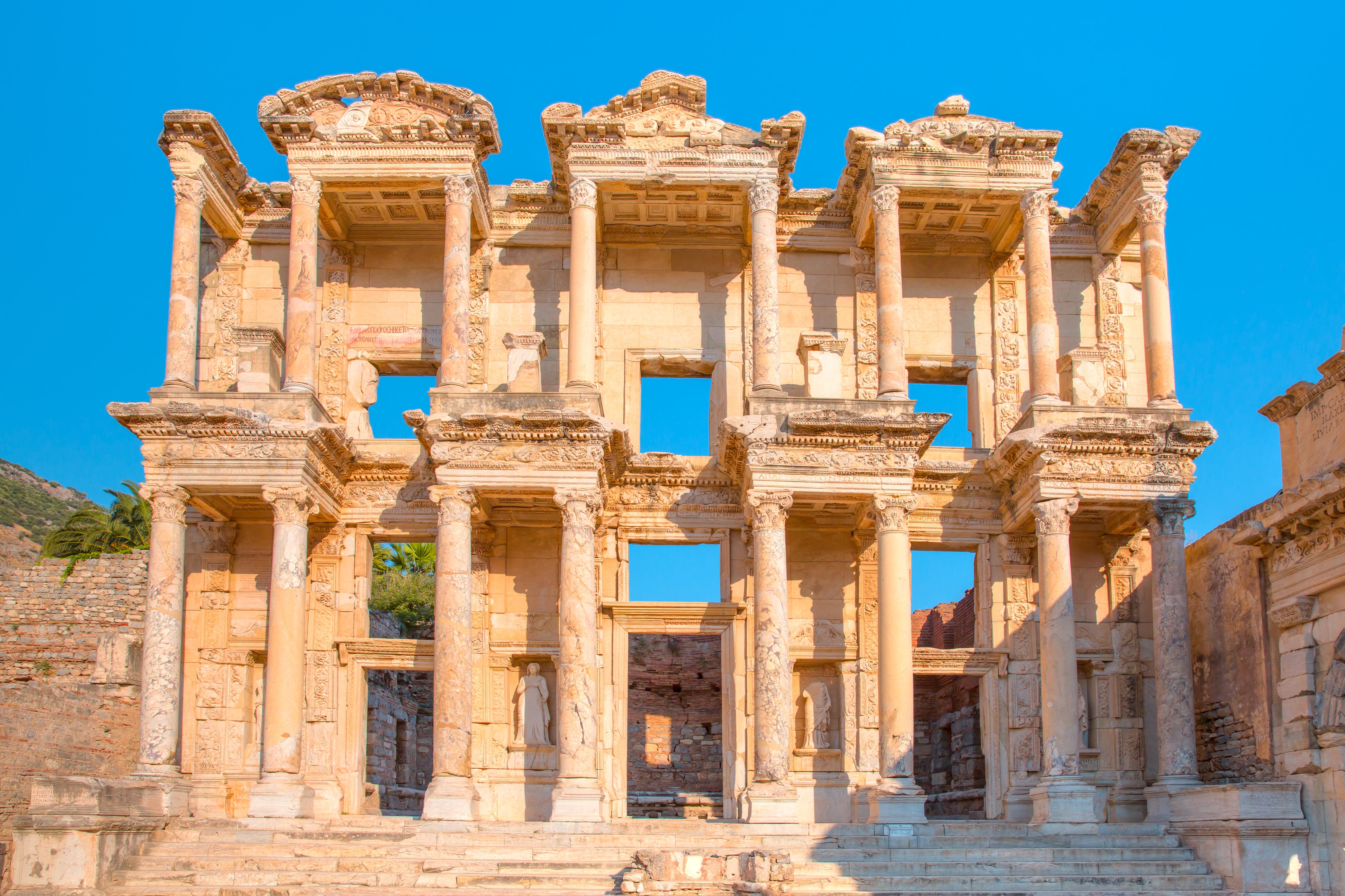 Ephesus-Turkey-shutterstock_543491386.jpg
