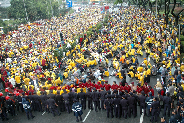 BersihRally_bytheSun.jpg